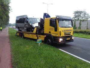 Iveco EuroCargo 220 euro 5 Laadvermogen: 5 ton Kraan: 15 ton/meter mét lier Lepel: 5 ton